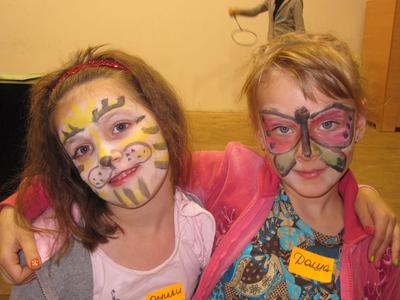 Children's Art Workshop: Joyful Christmas