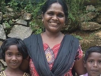 Sponsor a Single Mum and her Children - Sri Lanka
